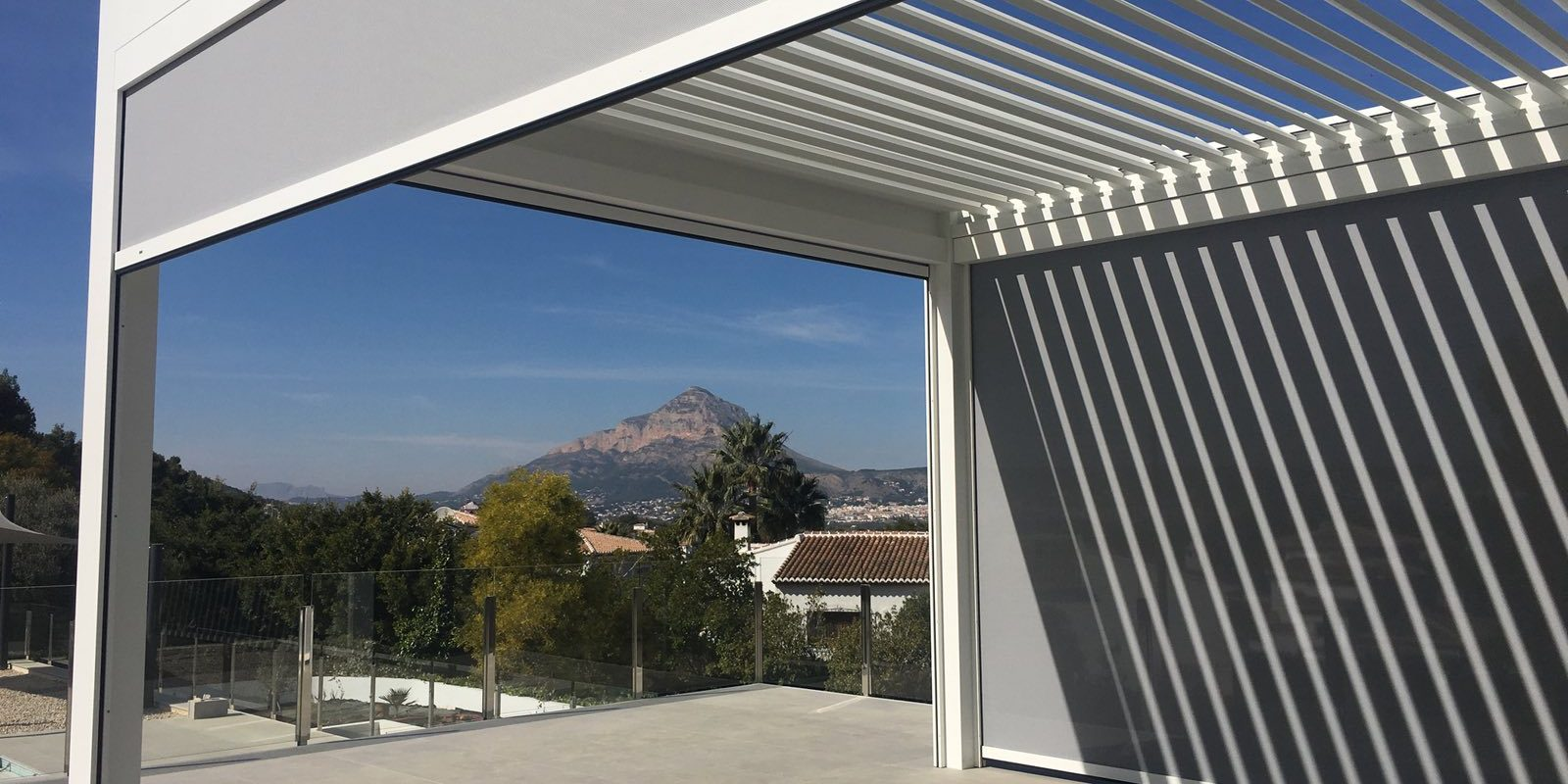 Vista Awnings and Blinds 1